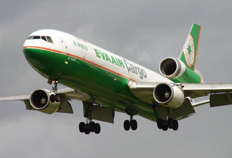 McDonnell Douglas MD 11