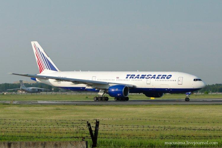 Видео взлёта Boeing 777-222