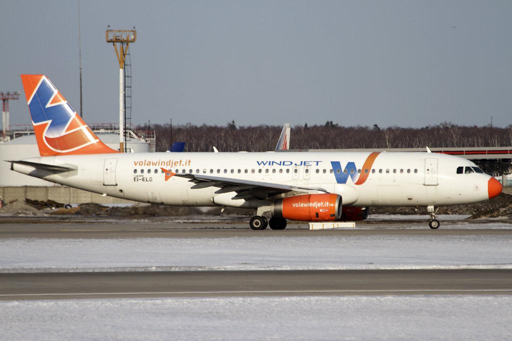 A320+Windjet+EI-ELG.jpg