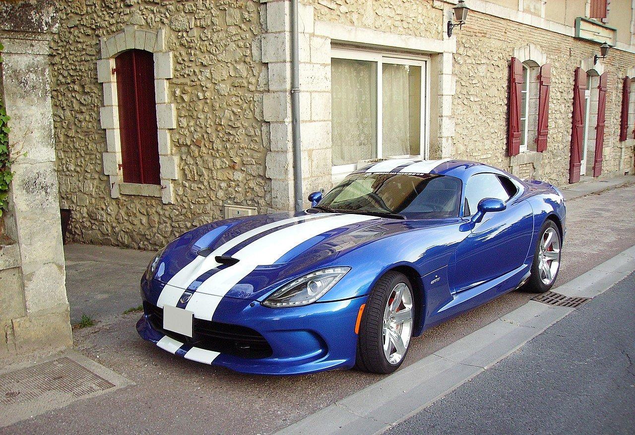 1280px-SRT_Viper_GTS_blue-2.jpg
