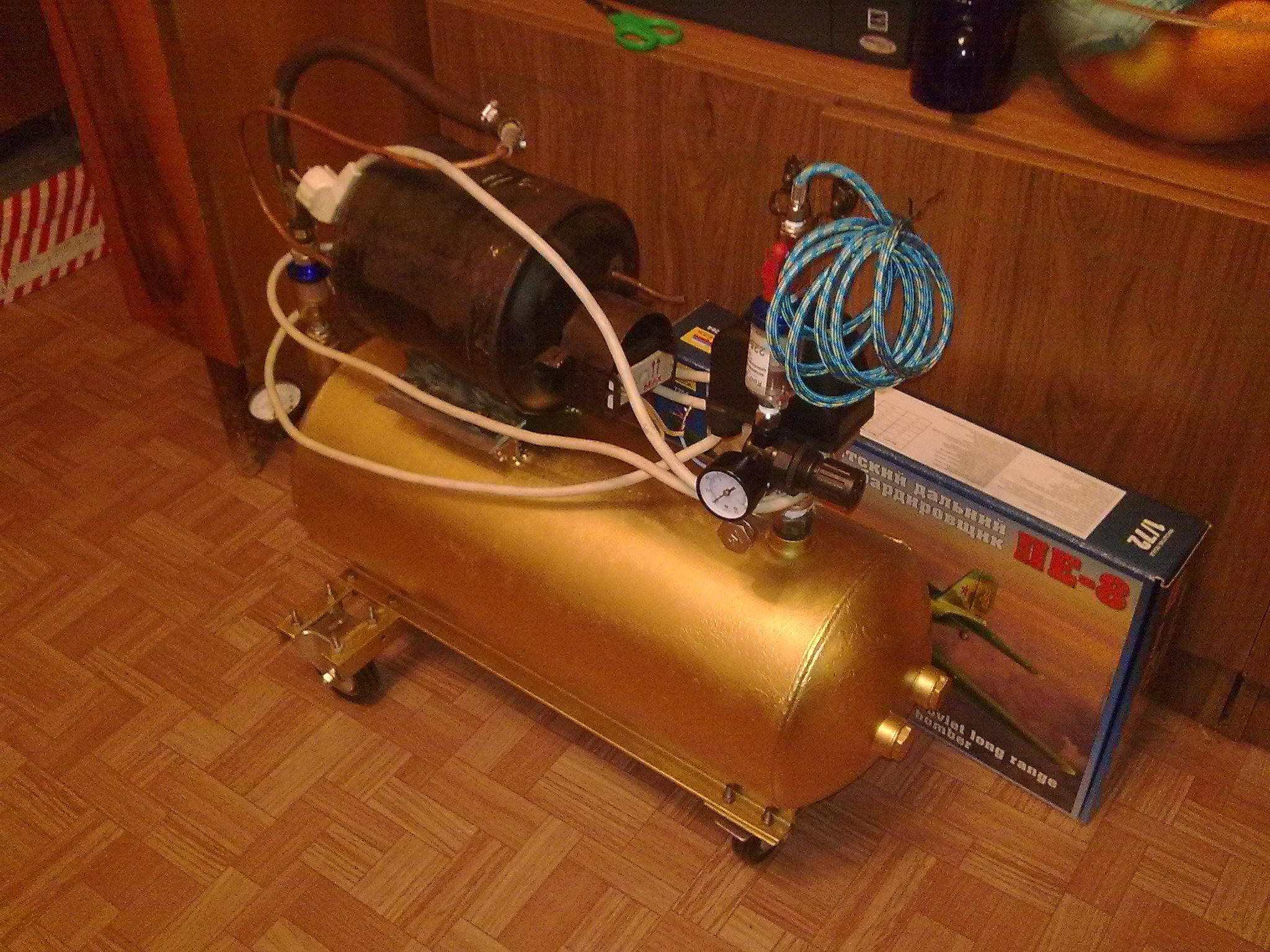 Бытовой компрессор для дачи и покраски / Сайт фотографий