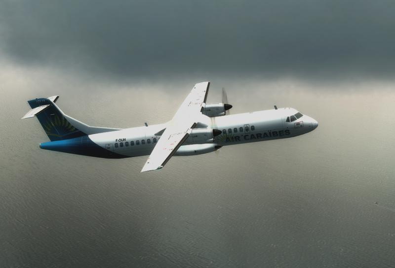 Air_caraibes_ATR72.jpg