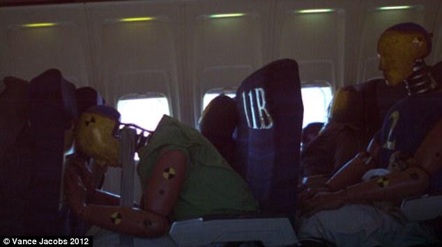 Есть ли выжившие в самолете в египте