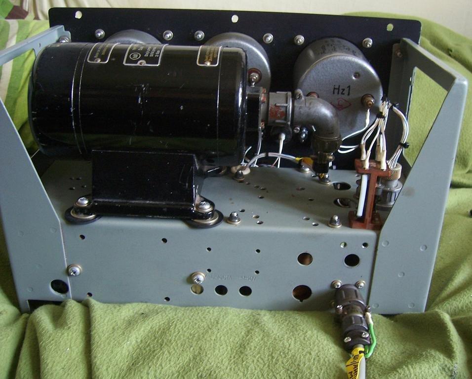 Zdroj 3x36VAC,115VAC 400Hz, 27VDC.jpeg