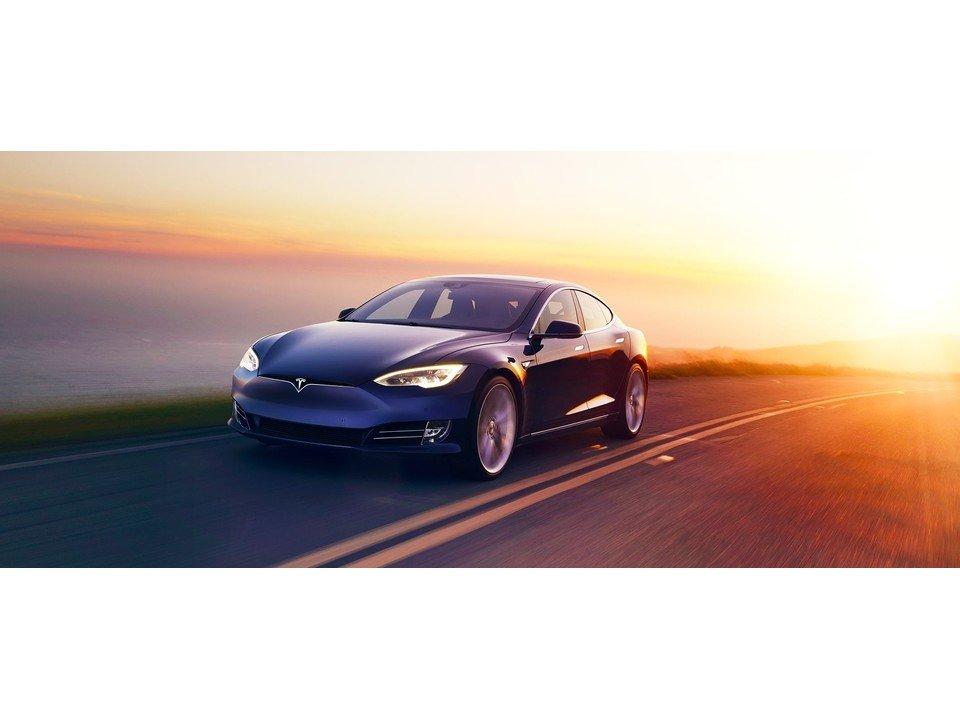 2019_Tesla_Model_S_4.jpg.2c42c1583f1bc51f5b4b3023dec9a65e.jpg