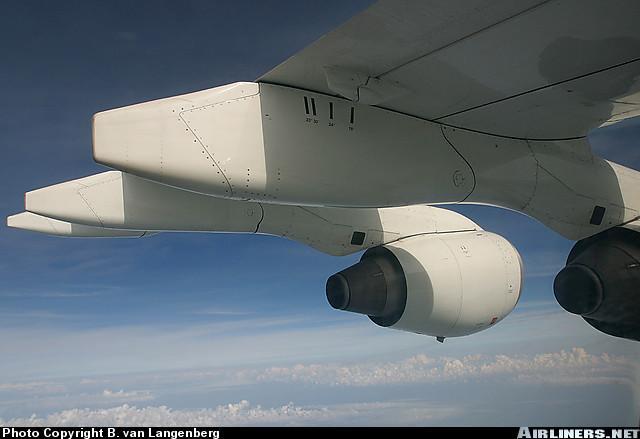AirlinersNetPhotoID409504.jpg