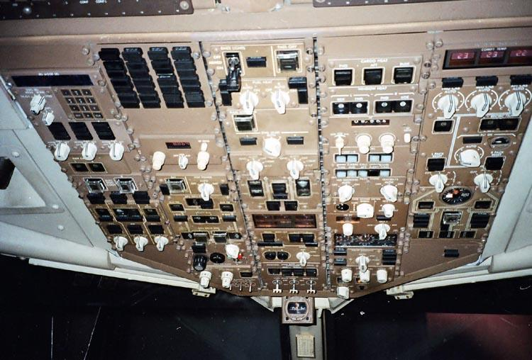 767_overhead.jpg