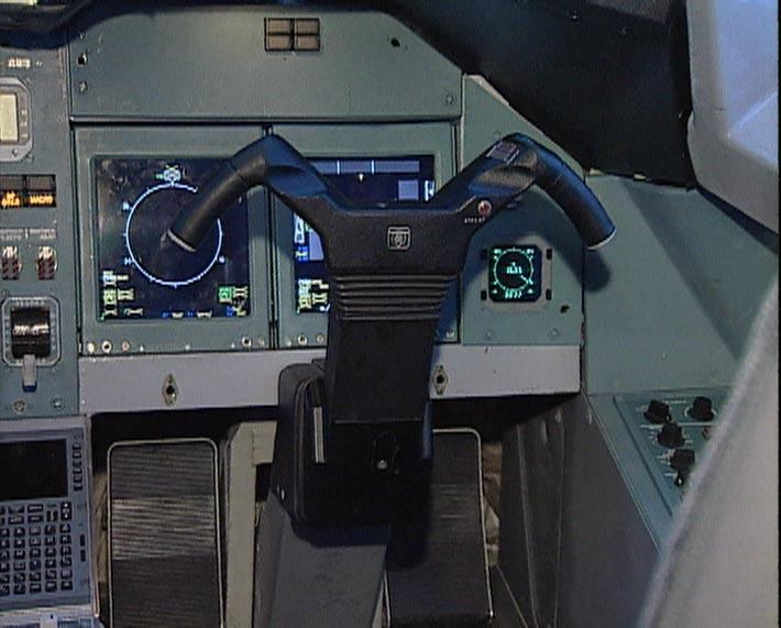 Tu334_cockpit_3.jpg
