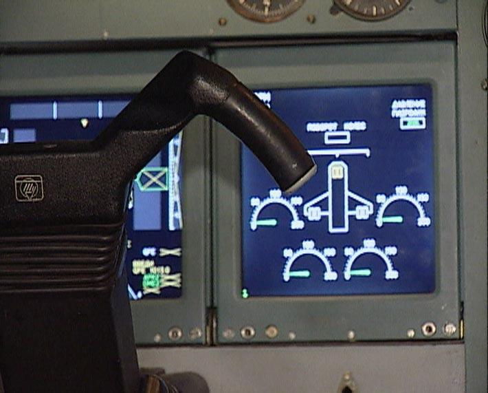 Tu334_cockpit_9.jpg